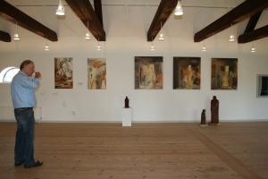 Elsebeths malerier og Pouls skulpturer